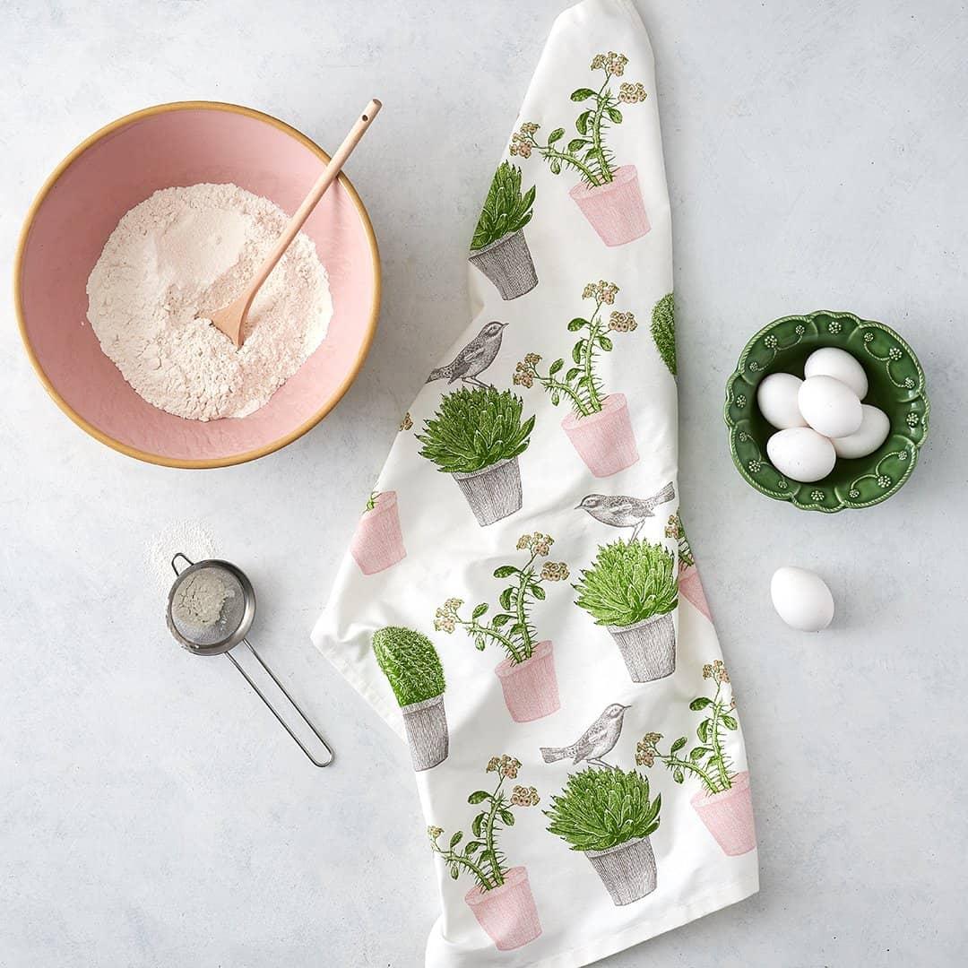 Thornback & peel cactus and bird tea towel