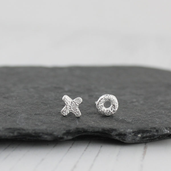 x and o silver studs
