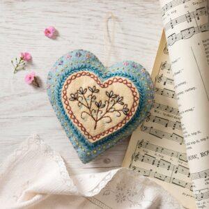 embroidery heart felt kit by corinne lapierre