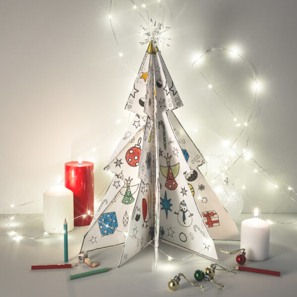 3D colour-in christmas tree by eggnogg