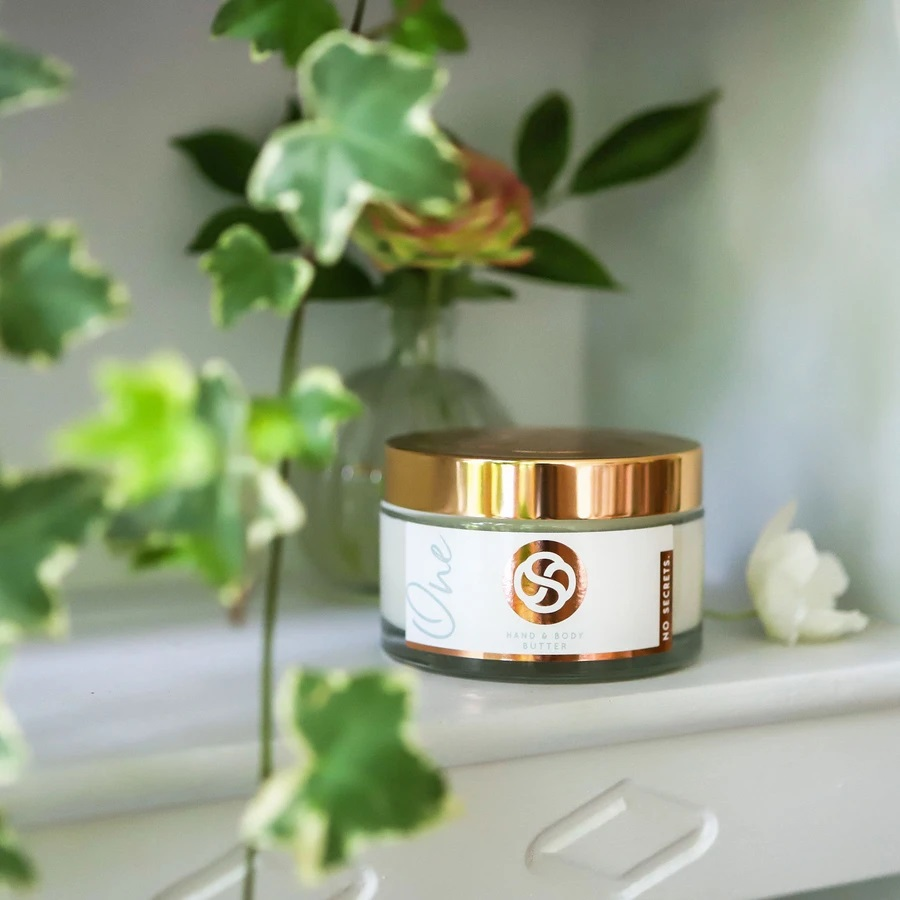 One Hand and Body Butter by no secrets beauty