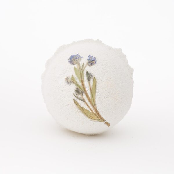 vintage rose bath bomb by quintessentially english