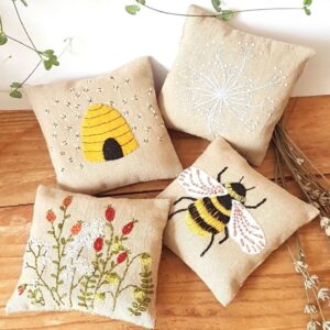 Linen Lavender Bags Embroidery Kit - Bees